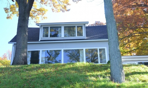 Specialty Windows Get Proper Treatment from a Trusted Window Repair Company